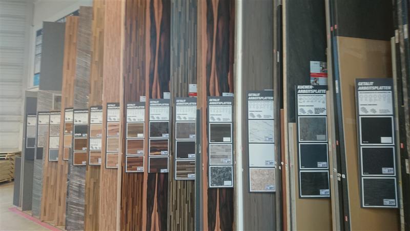 👁 🗨 Kücherarbeitsplatten beim Toom Baumarkt in Kirchheim
